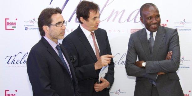 Richard Ginioux (école de Savignac), Gérard Landat (Chambre de commerce et d'industrie de Dordogne) et Pape Madické Diop, créateur de l'Ecole Thelma, au moment de son ouverture le 19 octobre