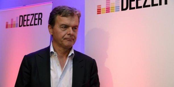 Hans-Holger Albrecht, DG de Deezer, qui a remis à plus tard son entrée en Bourse.