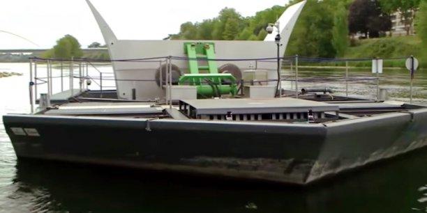 Essaie d'une hydrolienne de rivière dans La Loire