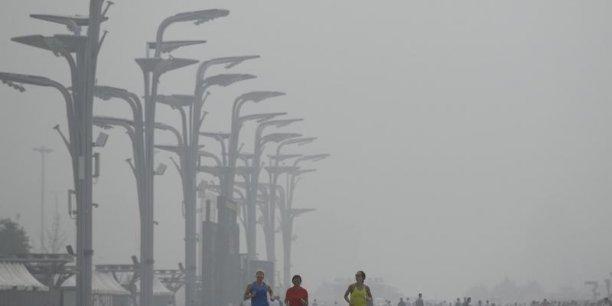 Il est néanmoins encore difficile de mesurer les éventuelles répercussions sur les engagements chinois en matière de lutte contre le réchauffement climatique.