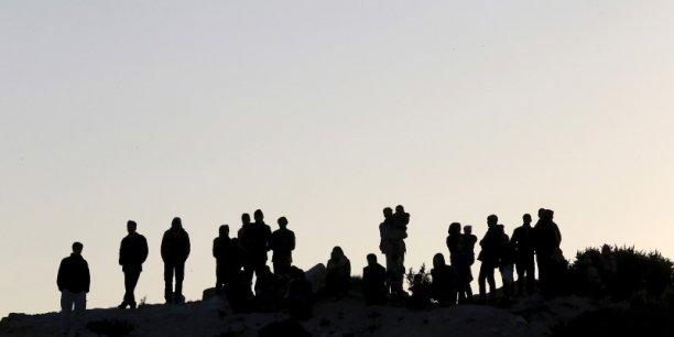 Les pays placés en première ligne - c'est à dire les voisins de la Syrie et de l'Irak - ont vu un afflux massif de réfugiés. La Turquie accueille 2,5 millions de réfugiés et la Jordanie 1,5 million, détaille la Berd.