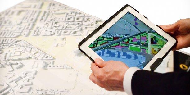 Une maquette numérique sur tablette.