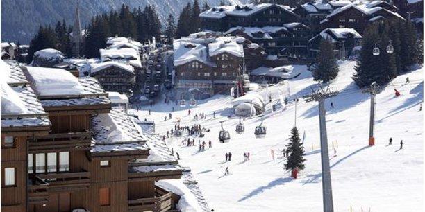 La CDA gère près de onze stations alpines (Comme Tignes, ci-contre, mais aussi La Plagne, Les Arcs, ou encore Val d'Isère...) ainsi que de 13 complexes ou sites de loisirs (dont Parc Astérix, le Futuroscope, des parcs Walibi...).