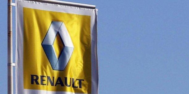 Renault F1, basée historiquement à Enstone, avait ensuite été revendue, entre 2009 et 2010, au fonds Genii Capital de l'homme d'affaires Gérard Lopez.