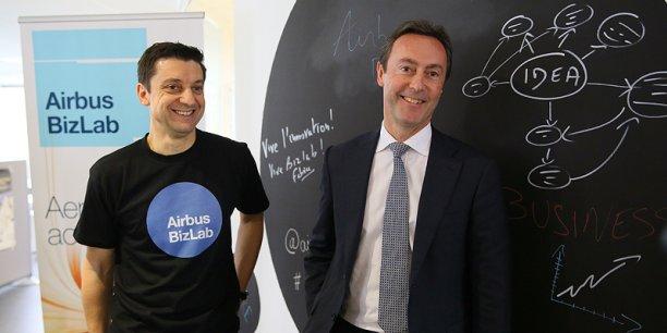 Bruno Gutierres, le directeur de l'Airbus Bizlab, et Fabrice Brégier, dirigeant d'Airbus.