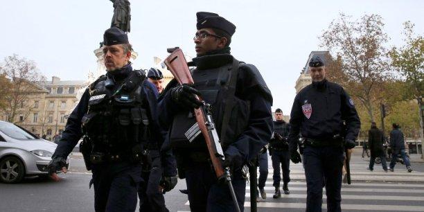 L'interdiction de manifester avait été décidée au lendemain des attentats et prolongée une première fois jusqu'à la fin de ce week-end.