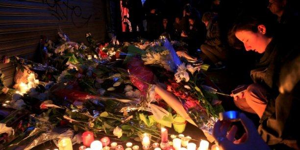 Après Paris et d'autres métropoles françaises, Bordeaux rendra hommage aux victimes demain.