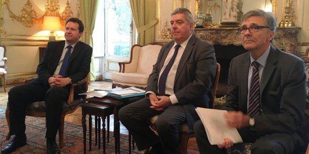 De gauche à droite : Fabrice Pesin, Médiateur national du crédit aux entreprises, Pierre Dartout, préfet de région, Jean-Claude Bach, directeur régional de la Banque de France