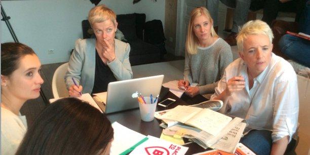 Une trentaine de Toulousains formeront la rédaction éphémère. Au centre, la journaliste Cécile Varin.