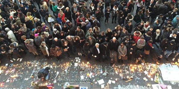Plus de 10 000 personnes se sont réunies sur la place du Capitole.