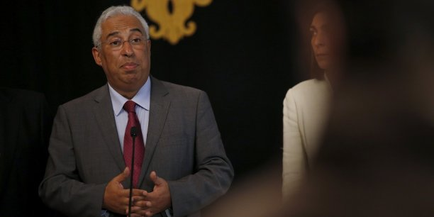 Le premier ministre portugais, Antonio Costa, doit faire face à la Commission sur le budget 2016.