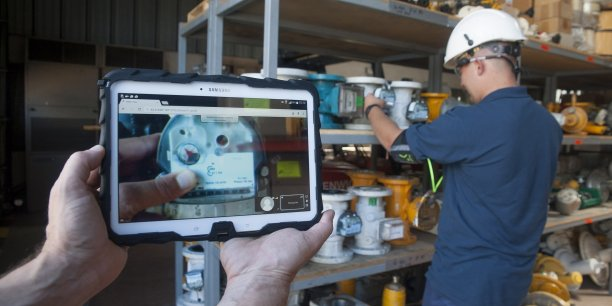 La solution Expert Téléportation développée par l'entreprise Singularity Insight est un outil de formation et d'aide à la prise de décision à partir de la vision partagée et de la réalité augmentée sur lunettes connectées.