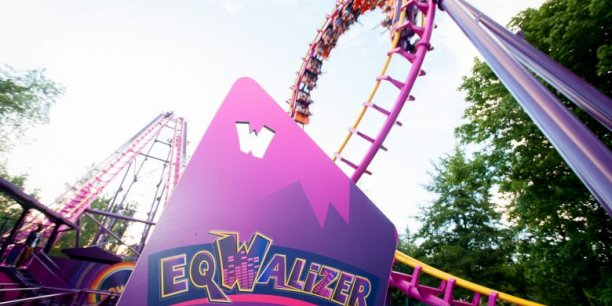 L'attraction Eqwalizer, au parc d'attractions Walibi Rhône Alpes