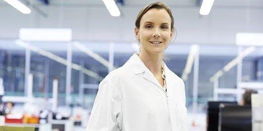La présidente Anne-Charlotte Fredenucci a remis sur les rails de la croissance la PME familiale Deroure