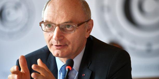 Le président de la Cour des Comptes, Didier Migaud, a préconisé au Premier ministre de simplifier le système des minima sociaux, trop coûteux et peu efficaces selon un rapport daté de septembre.