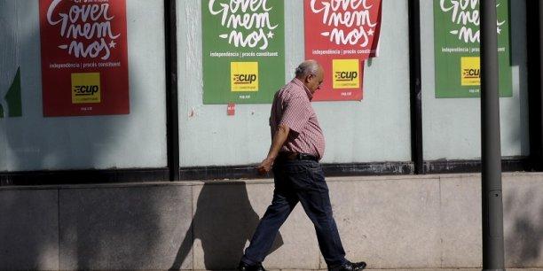 Affiches de la CUP pendant la campagne électorale du 27 septembre. Ce parti refuse de voter pour Artur Mas à la présidence de la Catalogne.