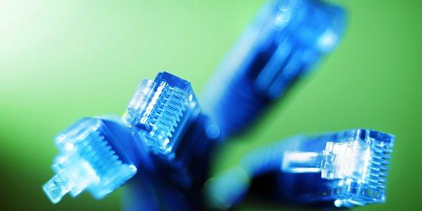 Près de 8 milliards d'euros ont été investis en 2015 pour déployer et entretenir les réseaux.