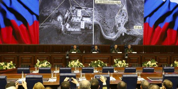 Une nouvelle étape a été franchie, samedi 28 novembre, après l'adoption par le président russe, Vladimir Poutine, de sanctions économiques contre la Turquie.
