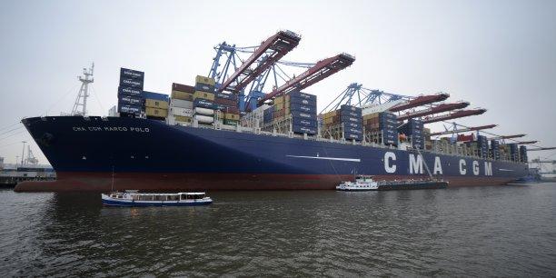 La société française attache une importance significative à Singapour et à la région pour le redéploiement de sa stratégie en Asie, et a l'intention de maintenir un volume élevé de transit (de marchandises) à Singapour.