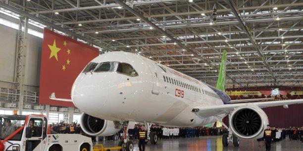 Comac prépare le premier vol de son moyen-courrier C919 et ne cache pas sa volonté de créer des gros-porteurs.