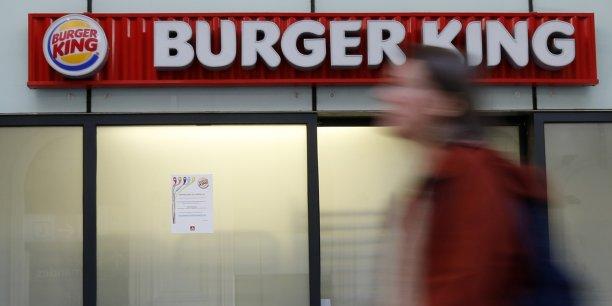 Pendant dix ans, Burger King ne pourra pas conclure de contrat de franchise avec le restaurant Quick d'Ajaccio, seule zone exclue du rachat pour préserver un équilibre concurrentiel.