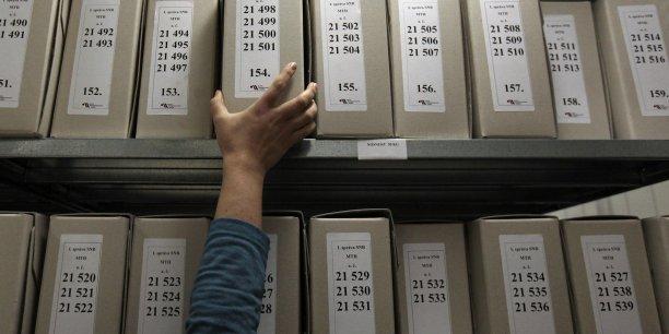 Au 1er janvier 2015, pas moins de 413.235 personnes étaient habilitées* à accéder, pour consultation à des documents classifiés en France.
