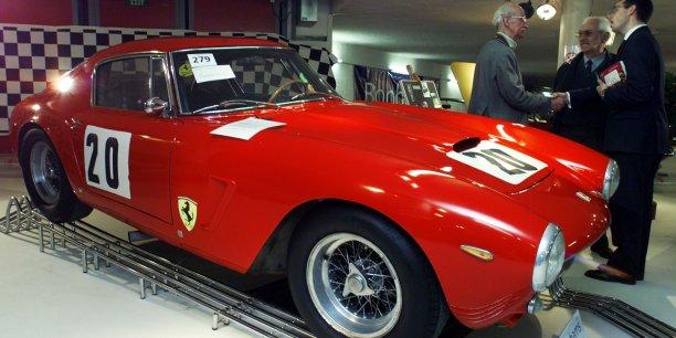 Les années 50 et 60 sont  celles de l'ascension de Pininfarina, grâce à la collaboration avec nombre de grands producteurs automobiles, parmi lesquels Ferrari, Peugeot et Nash -qui deviendra General Motors.
