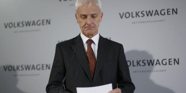Volkswagen a par ailleurs annoncé un investissement de 900 millions de dollars qui seront consacrés à la production d'ici la fin de l'année d'un 4X4 de ville de moyenne de gamme. Ce projet devrait permettre de créer 2.000 emplois sur le site américain du groupe à Chattanooga (Tennessee).