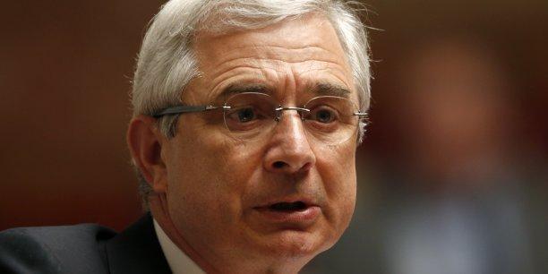 Claude Bartolone, qui est également conseiller municipal du Pré-Saint-Gervais, en Seine-Saint-Denis), est soumis aux règles de non-cumul des mandats.