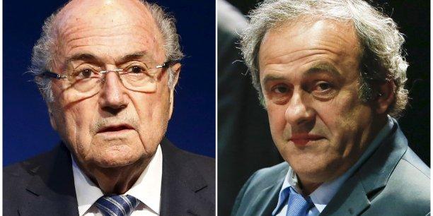 Sepp Blatter, poussé à la démission par le scandale de corruption au sein de la Fifa qui a éclaté au printemps, a plaidé on innocence. Platini, qui a refusé de venir se défendre vendredi devant la commission d'éthique, a dénoncé une procédure jugée d'avance.