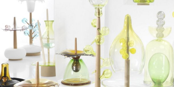 En 2015, Ruinart a choisi l'artiste Hubert Le Gall pour poser son regard sur la maison champenoise. Celui-ci a élaboré un calendrier en verre soufflé illustrant l'évolution des pieds de vigne au fil des saisons.