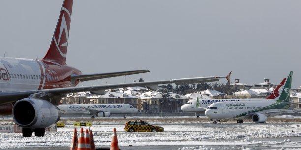 L'aéroport d'Istanbul a décidé d'annuler ses départs en raison des conditions météorologiques défavorables.