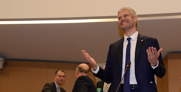 Le nouveau patron (LR) de la région Auvergne-Rhône-Alpes, quelques minutes après son élection officielle.