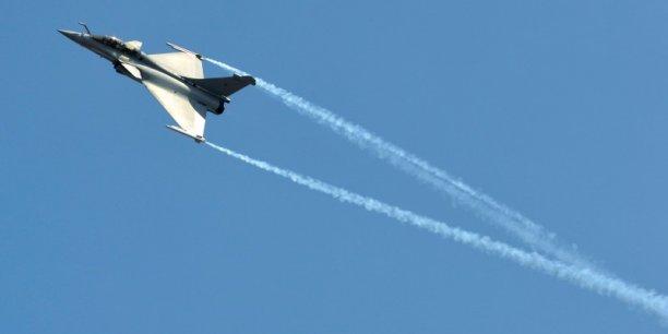 New Delhi a un véritable besoin pressant pour renouveler sa flotte avec des avions modernes pour contrer la montée en puissance dans le domaine aérien de la Chine et du Pakistan