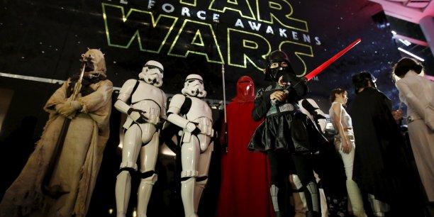 Au niveau international, lundi, Star Wars avait déjà engrangé 1.557,3 millions de dollars de recettes dans le monde.