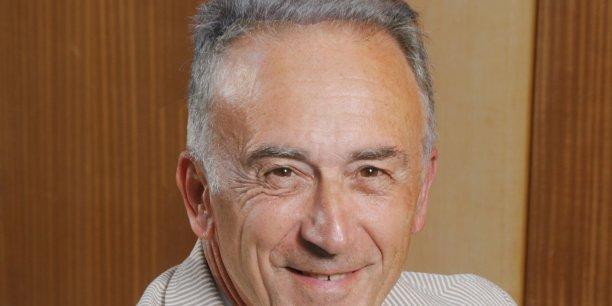 Georges Dao préside la société GoElectrix à Sophia-Antipolis, spécialisée dans la vente et la maintenance de véhicules électriques.