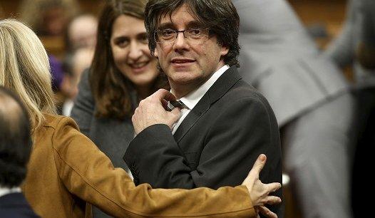 Le nouveau président catalan, Carles Puigdemont, est un indépendantiste convaincu.