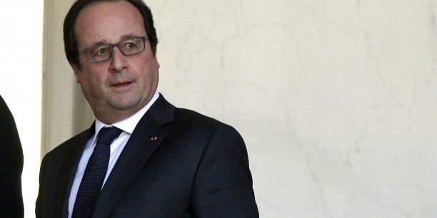 François Hollande souhaite également renforcer l'agence du service civique, qui deviendra un Haut commissariat à l'Engagement, placé directement auprès du Premier ministre.