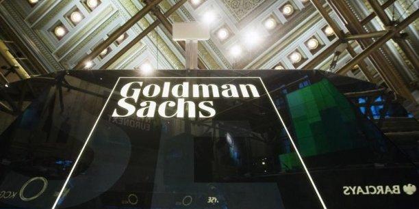 Goldman Sachs était accusée d'avoir vendu de 2005 à 2007 des crédits immobiliers convertis en produits financiers qui ont par la suite causé des pertes abyssales aux acheteurs finaux.