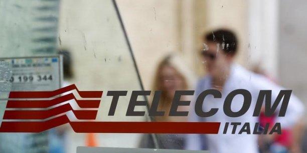 Vivendi détenait auparavant 22,8% du capital de Telecom Italia.