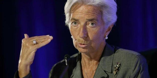 La France fait partie des rares pays de la zone euro qui voit ses prévisions de croissance révisées à la baisse par le FMI.
