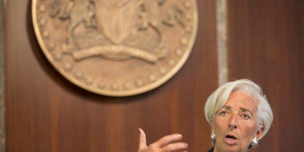 Ce qui pourrait être fait pour s'attaquer à ces problèmes c'est la transparence, la transparence sur les failles des législations (...), sur la localisation des activités des entreprises, la transparence sur le point de savoir où elles ont leurs différentes filiales et branches et où elles localisent leurs bénéfices, a détaillé Christine Lagarde.