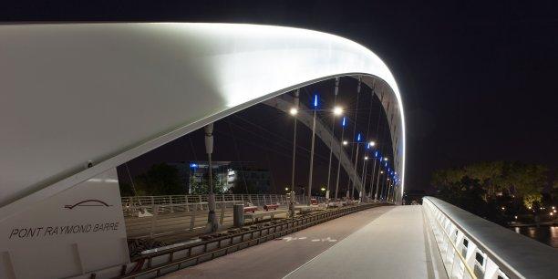 La PME spécialisée dans l'éclairage public développe une gamme à base de LED.