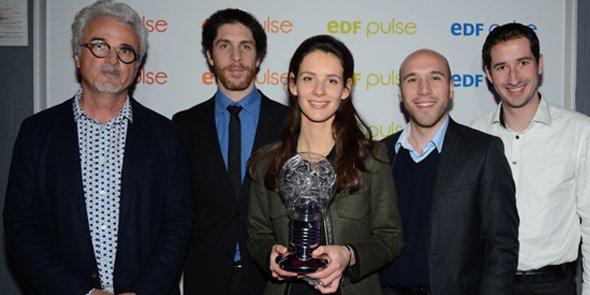 Les lauréats du concours EDF Pulse Languedoc-Roussillon : Jean-Michel Cambot (TellMePlus), Antoine Meffre (Eco-Tech Ceram), Clémentine Franc (NovRT) et les fondateurs de Resilient Innovation, Sébastien Teissier et Jordan Miron.