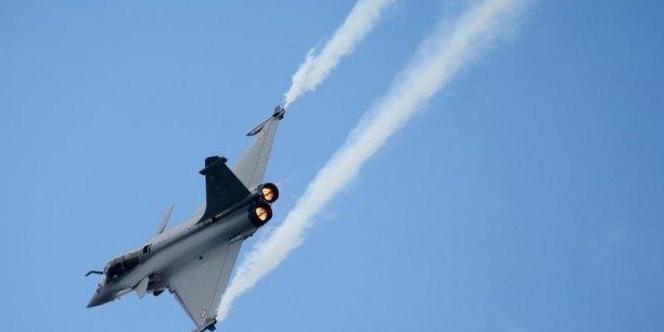 Le Rafale en phase d'atterrissage en Inde