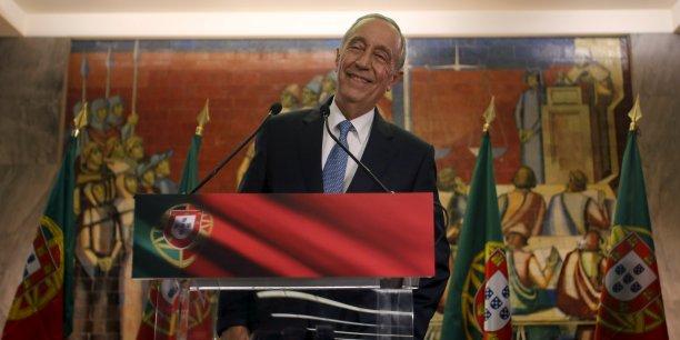 En succédant à Anibal Cavaco Silva en tant que chef de l'Etat Portugais, Marcelo Rebelo de Sousa acquiert le pouvoir non négligeable de dissoudre le Parlement et de démettre le Premier ministre.