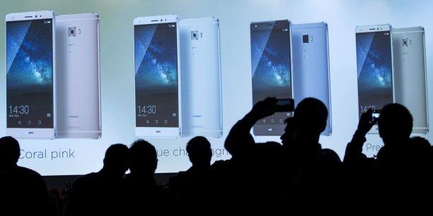 Huawei, troisième plus important vendeur de smartphones, représente 7,4% des parts du marché des smartphones.