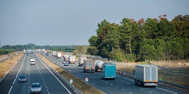 L'A63 pourrait servir à l'expérimentation de la circulation de camions en convoi ou platooning.
