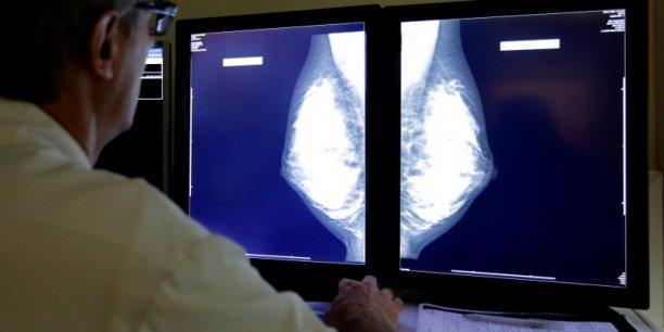 Le cancer tue 150.000 personnes par an en France.