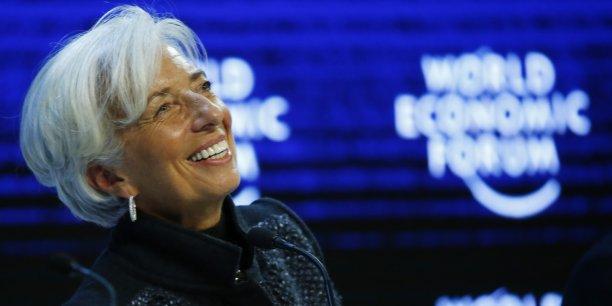 L'actuelle présidente du FMI Christine Lagarde n'a aucun a le champs dégagé pour reprendre la tête du FMI en juillet, mais en France, elle fait toujours l'objet d'un renvoi devant la Cour de justice de la République pour son arbitrage dans l'affaire Crédit Lyonnais/Adidas.